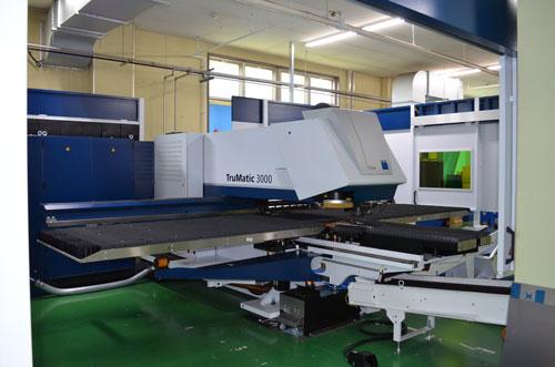 パンチ YAG レーザー複合機